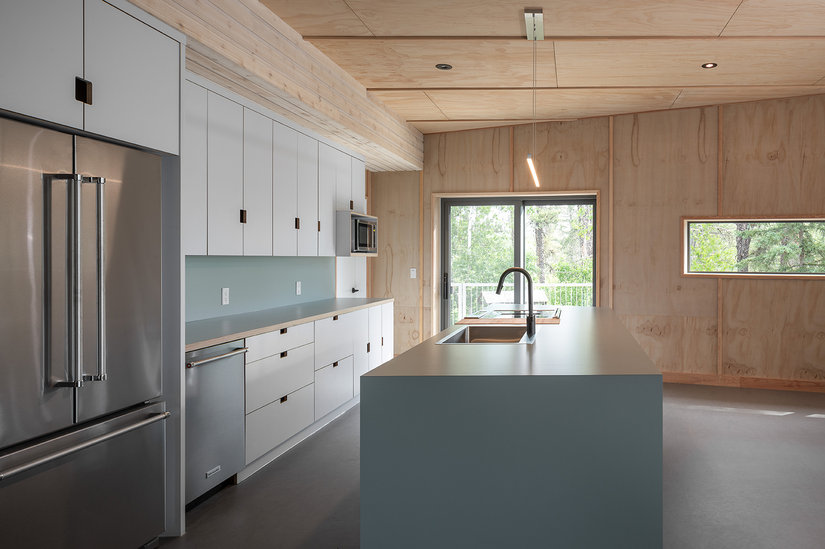 Monteyne Architecture   Projects - Whiteshell Cabin